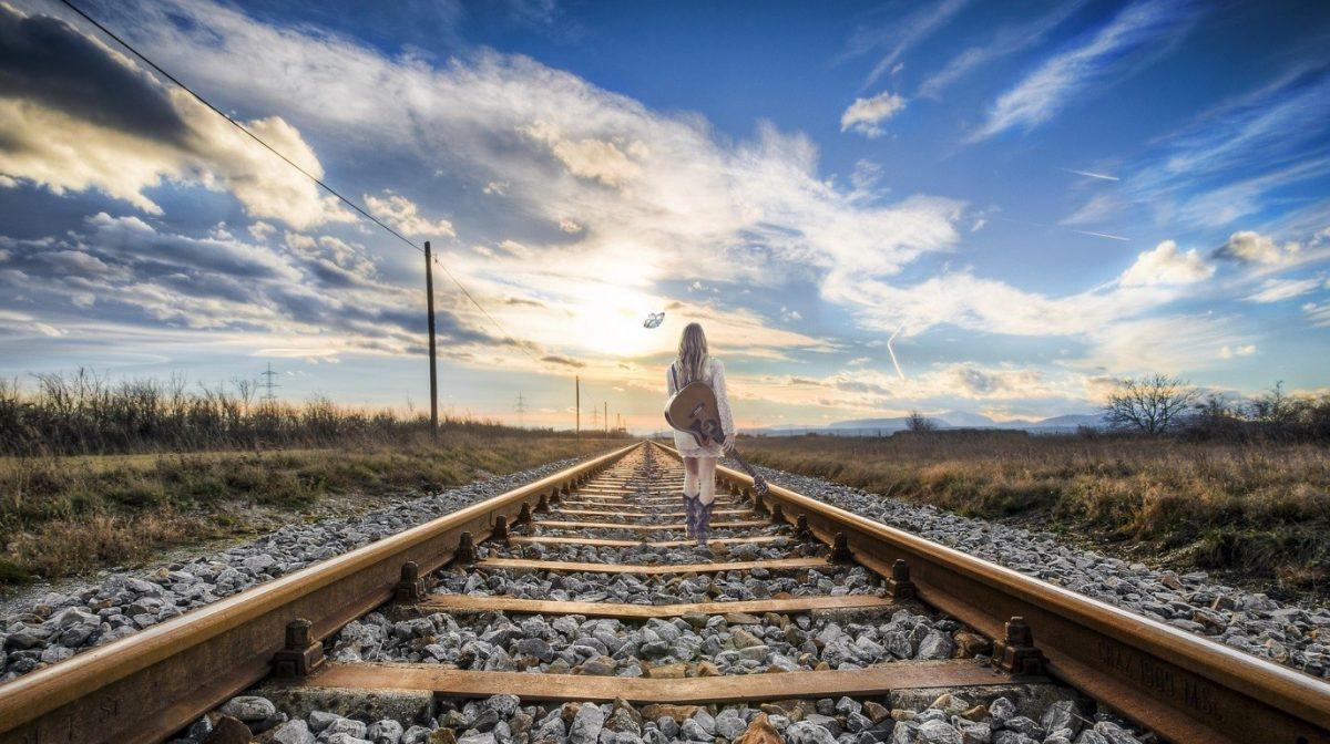 ดนตรีกับการเดินทาง สิ่งคู่กันที่ขาดไม่ได้