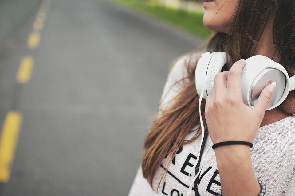 เมื่อแอปพลิเคชันฟังเพลง ไม่ได้มีแค่เพลงให้ฟังอีกต่อไป Podcast อีกหนึ่งคอนเทนต์บนสตรีมมิ่งฟังเพลง